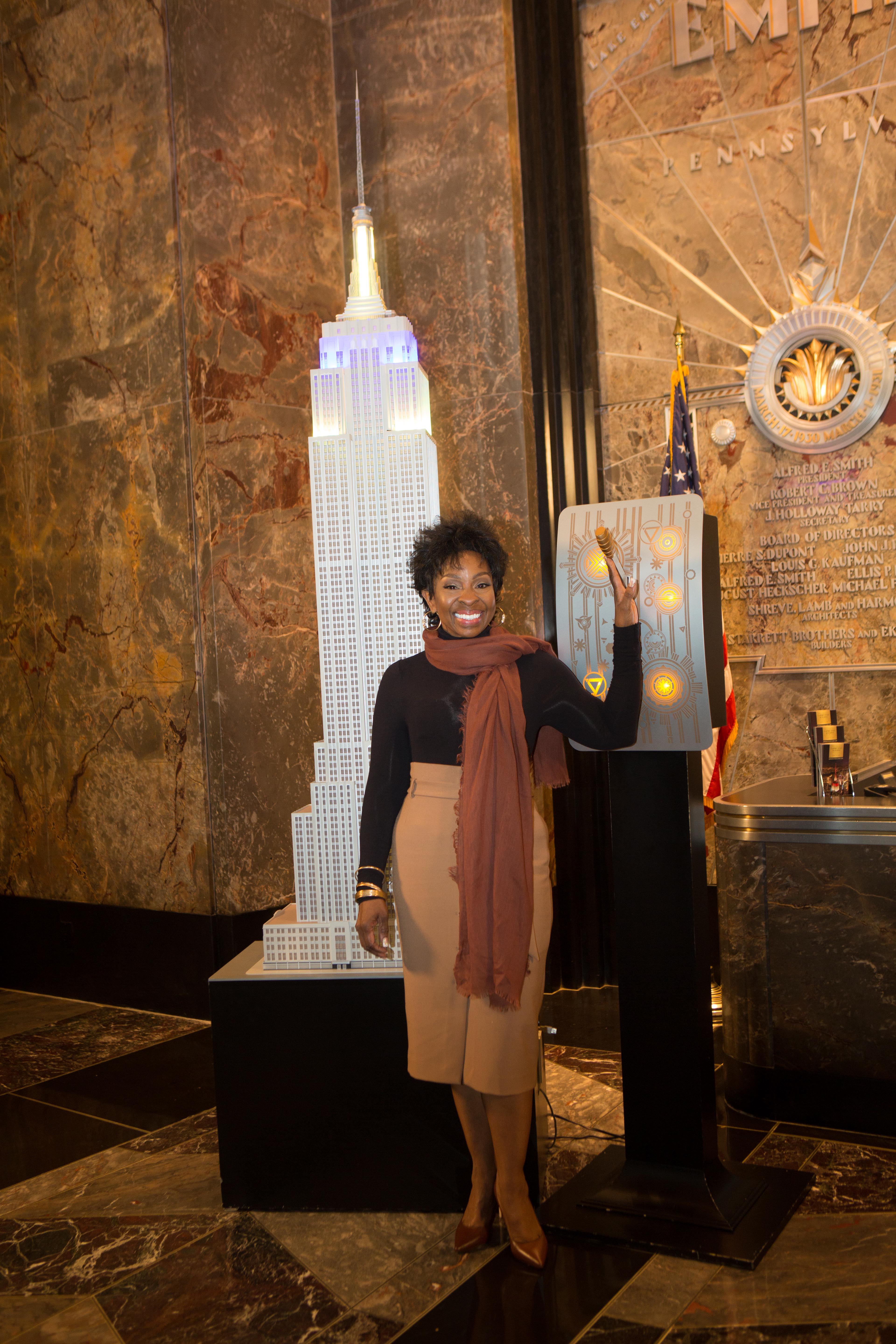 gladys knight empire state building. Black Bedroom Furniture Sets. Home Design Ideas