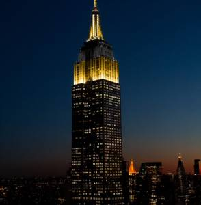 Empire State Building Gold and Black for 2021 College Football Playoff National Championship