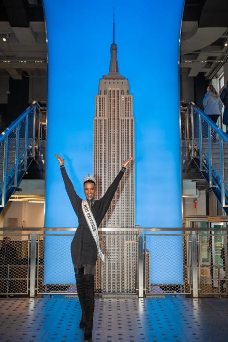 Miss Universe visits the Empire State Building