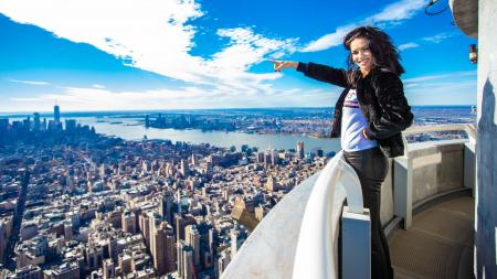Adriana Lima visits the Empire State Building