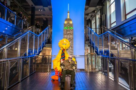 Caroll Spinney and Big Bird visit the Empire State Building