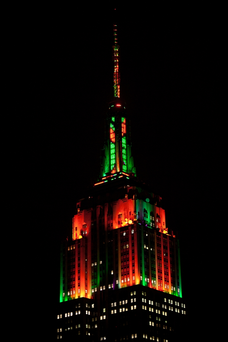 Esb Annual Halloween Music To Light Show Empire State