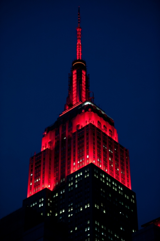On Monday, November 30, 2015, The Empire State Building Will Be Lit Red In  Honor Of NYC Council And World AIDS Day.
